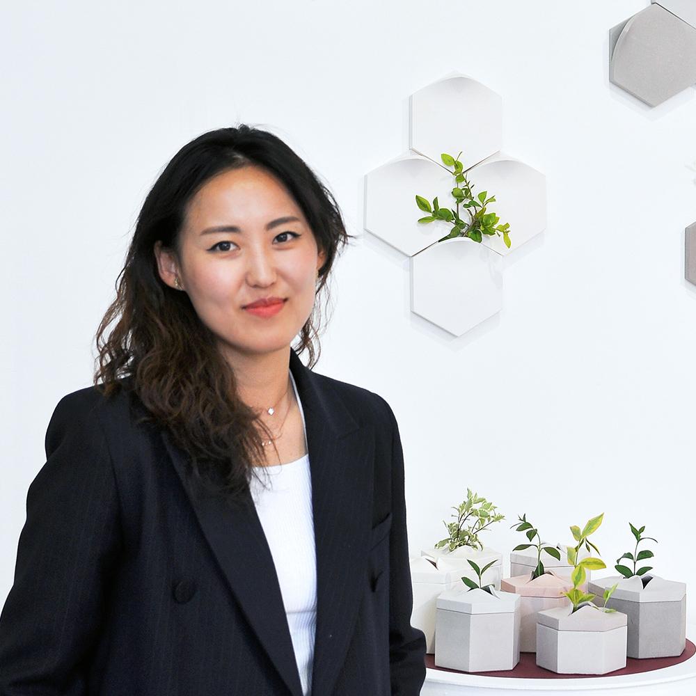 Photo of Hyunhee from Extra&ordinary design