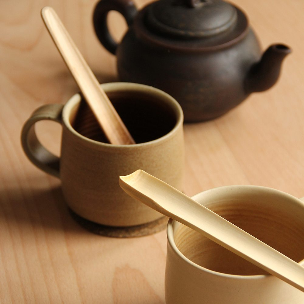 Eco homeware - bamboo teaspoons on cups