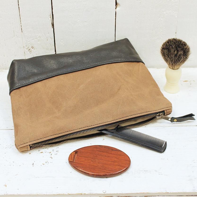 brown wash bag lifestyle